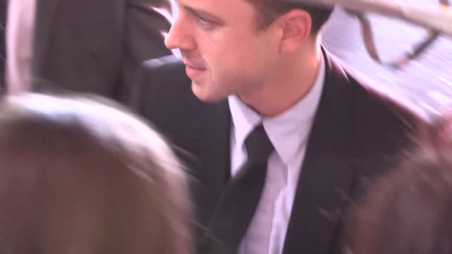 giovanni ribisi greets fans at the gangster squad premiere in hollywood, 01/07/13 - giovanni ribisi stock videos & royalty-free footage