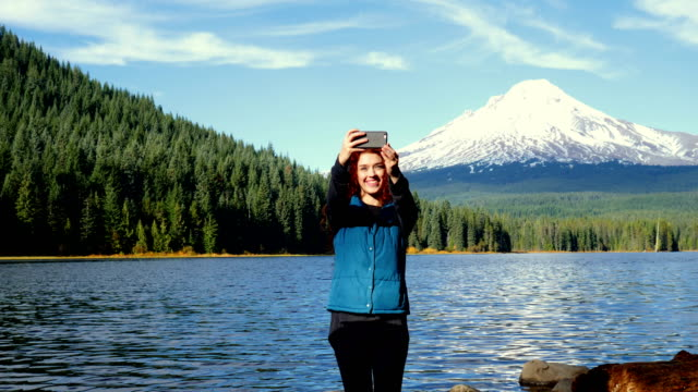 girl exploring: columbia river gorge - columbia river gorge stock videos & royalty-free footage