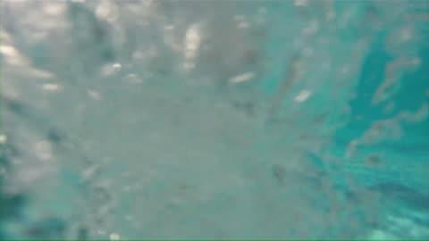 stockvideo's en b-roll-footage met ms girl in swimming pool / santa maria, sal, cape verde - swimwear