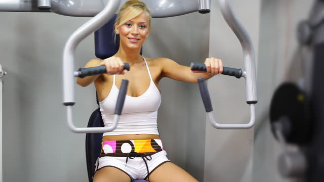 girl in the gym (hd video) - legs apart stock videos & royalty-free footage