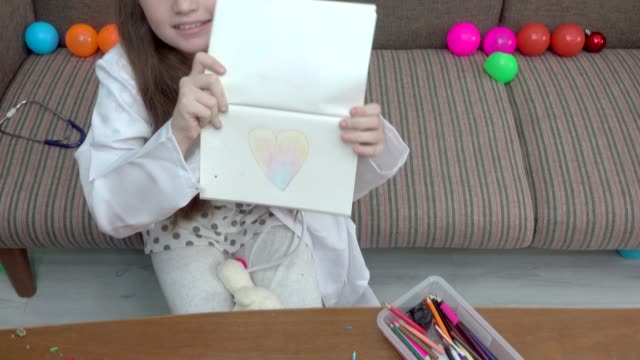 girl play drawing heart - human face drawing stock videos & royalty-free footage