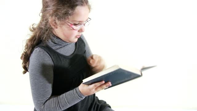 Mädchen lesen (HD
