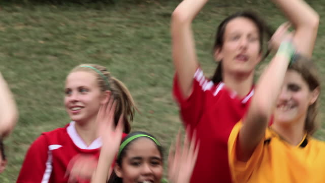 girl soccer players doing a mexican wave - chatham new york state stock videos & royalty-free footage