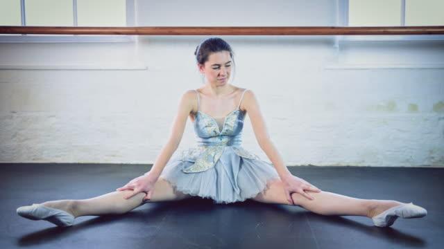 girl stretching in ballet studio - legs apart stock videos & royalty-free footage