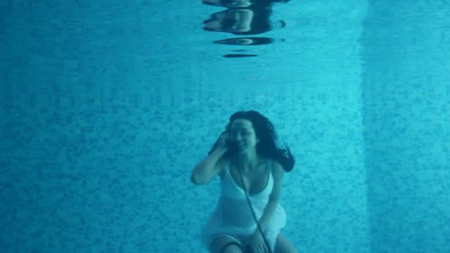 girl underwater call - nightdress stock videos & royalty-free footage