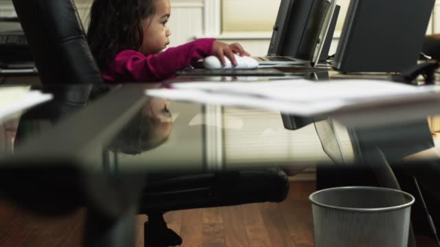 ms tu girl (2-3) using laptop at home / orem, utah, usa - orem utah stock videos & royalty-free footage