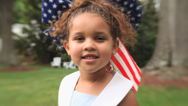 cu girl (4-5) wearing american flag hair bow / richmond, virginia, usa - hair bow stock videos & royalty-free footage