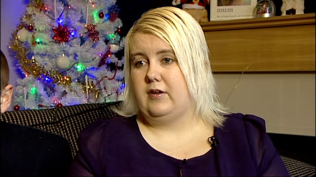 vídeos de stock, filmes e b-roll de girl with brain tumour able to be at home for christmas jade underwoodtattersall interview sot - tumor cerebral