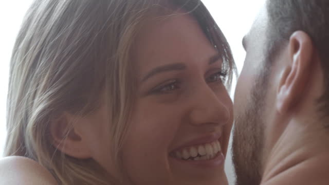 stockvideo's en b-roll-footage met vriendin - romance