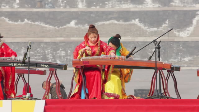 ms girls playing guzheng traditional chinese string instrument audio / xi'an, shaanxi, china - string instrument stock videos & royalty-free footage