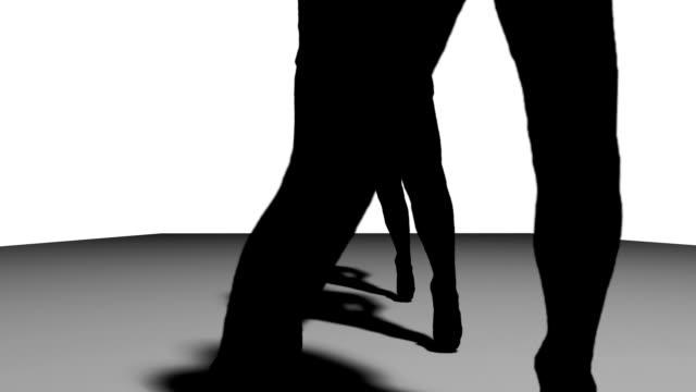 mädchen silhouette tanz zu live-musik - erotischer tanz stock-videos und b-roll-filmmaterial