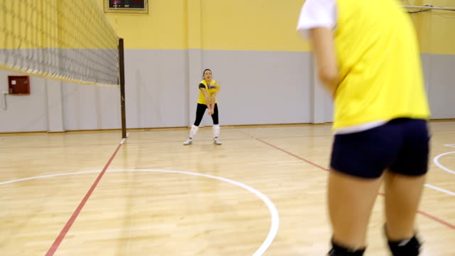girls volleyball practice - volleyball sport stock videos & royalty-free footage