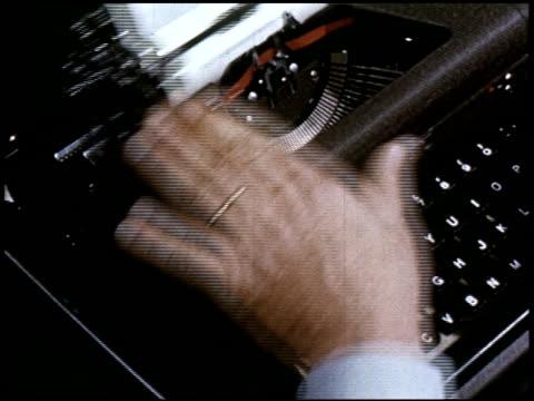 give yourself the green light - 12 of 23 - altri spezzoni di questa ripresa 2165 video stock e b–roll