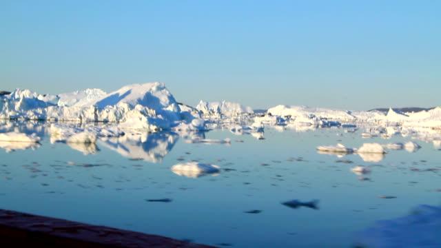 """""""glacial icebergs, greenland"""" - arktis stock-videos und b-roll-filmmaterial"""