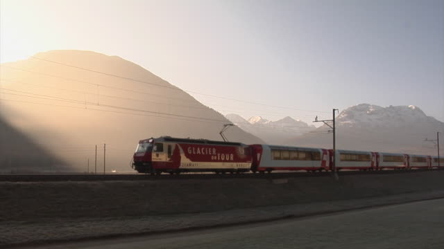 glacier express between st. moritz and bever - schienenverkehr stock-videos und b-roll-filmmaterial