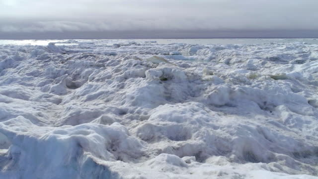 glacier in north pole - crushed ice stock videos & royalty-free footage