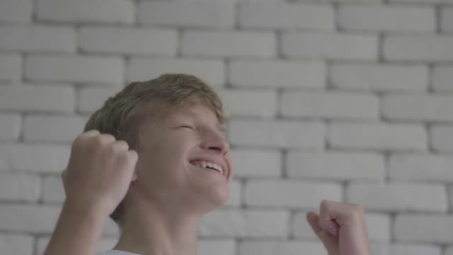 glad boy - teenage boys stock videos & royalty-free footage