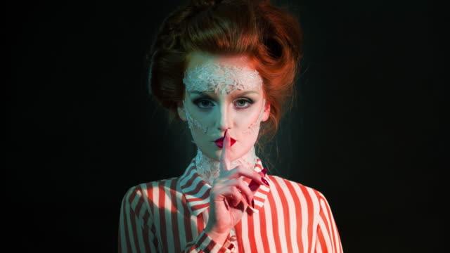 vidéos et rushes de glamour rétro diva - glamour