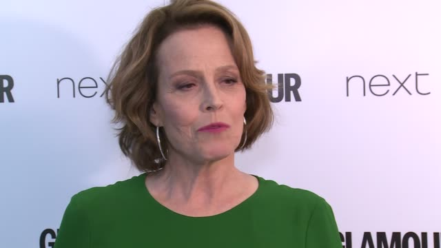 Winners room Sigourney Weaver showing her signature dance move / Sigourney Weaver interview SOT on how empowering Glamour awards are / on changes in...