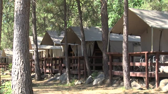 KTXL Glamping at EarthTrek Expeditions in Sacramento