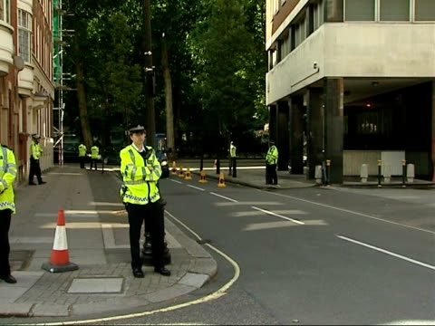 glasgow airport attack: suspect appears in court; england: london: ext police van bringing dr bilal abdullah to court to face charges of conspiracy... - the glasgow airport attack stock videos & royalty-free footage
