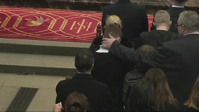 stockvideo's en b-roll-footage met memorial service held on first anniversary scotland glasgow glasgow cathedral int **music heard sot** high angle views of congregation singing hymn... - altaar