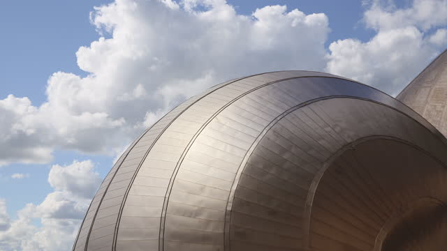 glasgow science center (gsc) / glasgow, scotland, united kingdom - cumulus stock videos & royalty-free footage