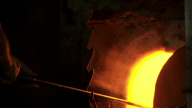 Glass Maker Preparing Hot Glass Cinemagraph