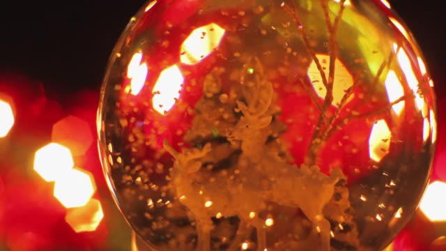 CU PAN Glass snowglobe with Christmas tree / London, United Kingdom