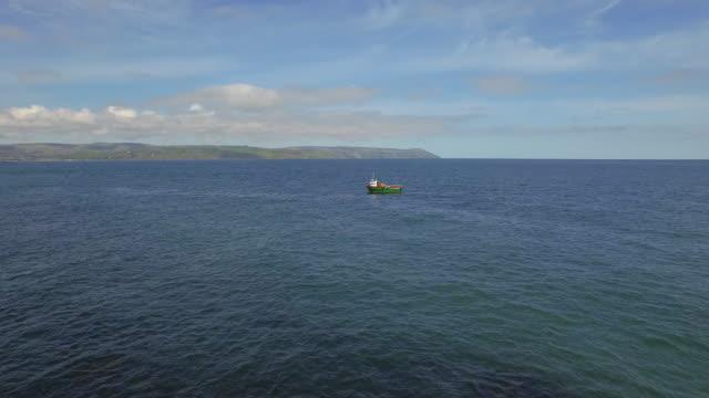 vídeos y material grabado en eventos de stock de glenarm village northern ireland - irlanda del norte
