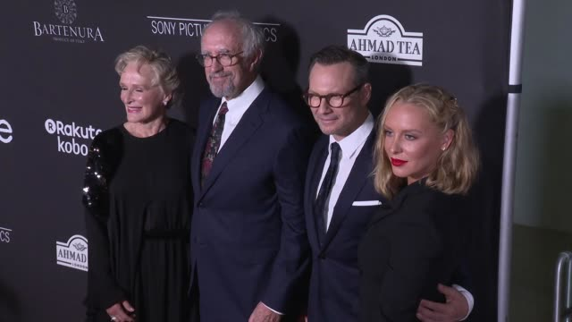 """glenn close, jonathan pryce, christian slater and annie starke at the """"the wife"""" los angeles premiere at pacific design center on july 23, 2018 in... - ジョナサン・プライス点の映像素材/bロール"""