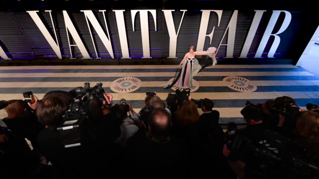 glenn close judd apatow leslie mann jennifer lopez selma blair gabrielle union jon hamm kendall jenner angela bassett terry crews john legend and... - vanity fair video stock e b–roll