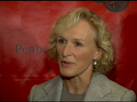 vídeos y material grabado en eventos de stock de glenn close on the provocative nature of 'the shield' and why it probably won the peabody at the 65th annual peabody awards at the waldorf astoria... - glenn close