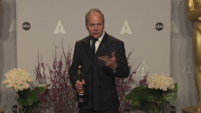glenn freemantle - 86th annual academy awards - press room at hollywood & highland center on march 02, 2014 in hollywood, california. - フリーマントル点の映像素材/bロール