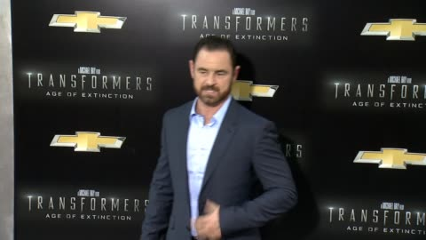 """glenn keogh and caroline morahan at """"transformers: age of extinction"""" new york premiere at ziegfeld theatre on june 25, 2014 in new york city. - new age stock videos & royalty-free footage"""