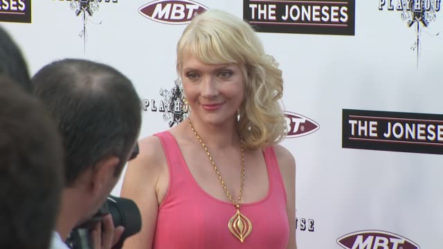 vídeos de stock e filmes b-roll de glenne headly at the 'the joneses' premiere at hollywood ca - glenne headly
