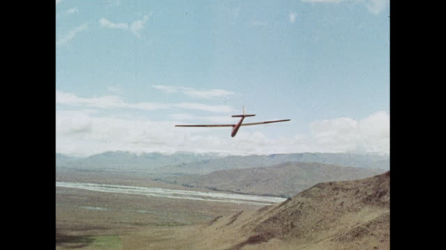 montage gliding in new zealand - glider stock videos & royalty-free footage