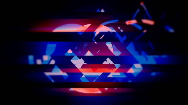 vídeos de stock e filmes b-roll de glitch and noise damaged video abstract blue, orange, purple loopable background - formas geométricas