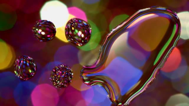 vídeos de stock, filmes e b-roll de gota da água do glitter no teste padrão abstrato de vidro - water form