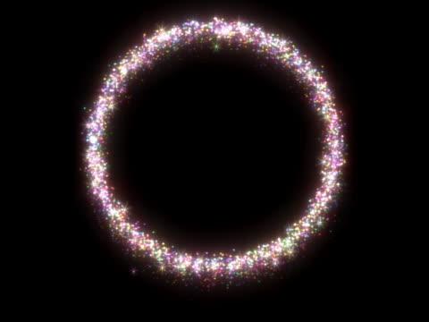 vídeos de stock, filmes e b-roll de glittering metallic circular ring - menos de 10 segundos