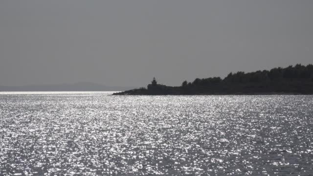 POV / Glittering sea