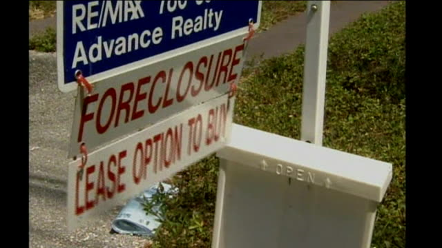 democrats won't give wall st blank cheque location unknown house door foreclosure sign for sale sign sold sign outside house henry paulson along - 2008 stock videos and b-roll footage