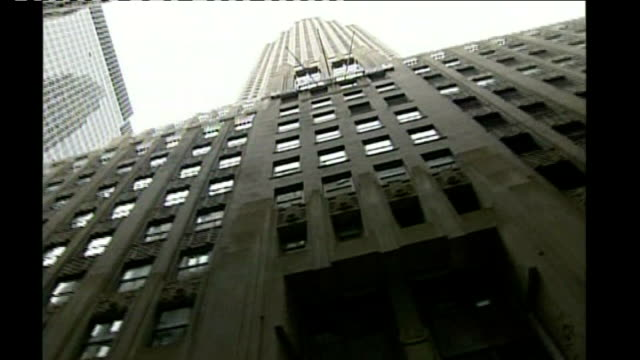 stockvideo's en b-roll-footage met stock markets fall sharply following lehman collapse usa new york ext good shots aig building entrance hall of aig - 2008