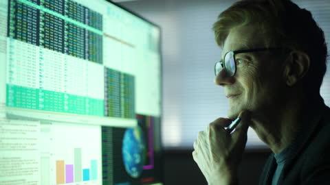global data mature man - wisdom stock videos & royalty-free footage