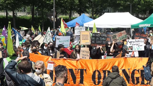 FRA: Global March Against Monsanto-Bayer And Agrochemicals In Paris
