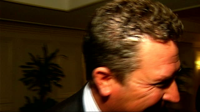 global sport summit dan marino interview england london landmark hotel int dan marino interview sot makes blooper when he forgets who san diego... - ausrutscher stock-videos und b-roll-filmmaterial