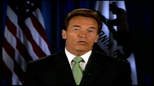 vidéos et rushes de global warming/ uk signs up to climate change targets arnold schwarzenegger interview via satellie link up sot works differently in america because... - arnold schwarzenegger