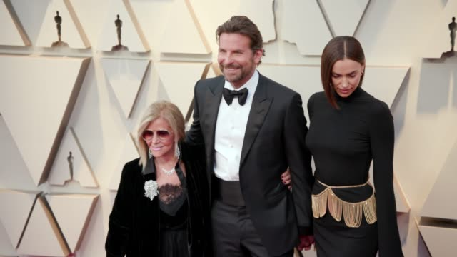 vídeos de stock e filmes b-roll de gloria campano bradley cooper and irina shayk at the 91st academy awards arrivals at dolby theatre on february 24 2019 in hollywood california - cerimónia dos óscares