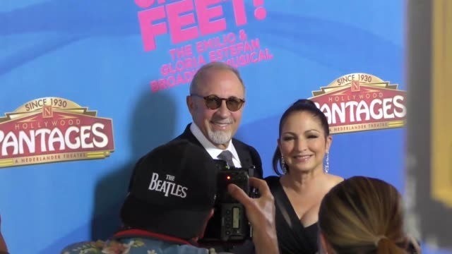 vídeos y material grabado en eventos de stock de gloria estefan emilio estefan attend the on your feet musical opening night at the pantages theatre in hollywood in celebrity sightings in los angeles - emilio estefan