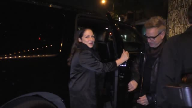 vídeos y material grabado en eventos de stock de gloria estefan emilio estefan outside craig's restaurant in west hollywood in celebrity sightings in los angeles - emilio estefan
